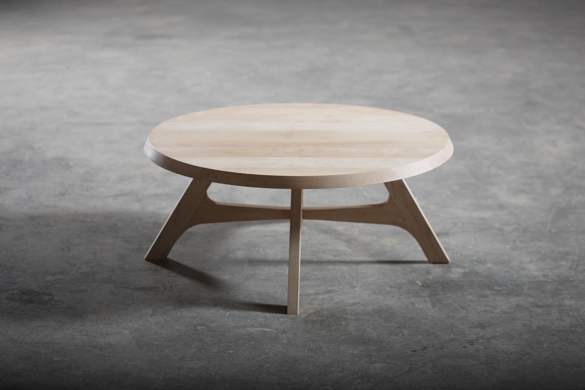 Zero coffee table