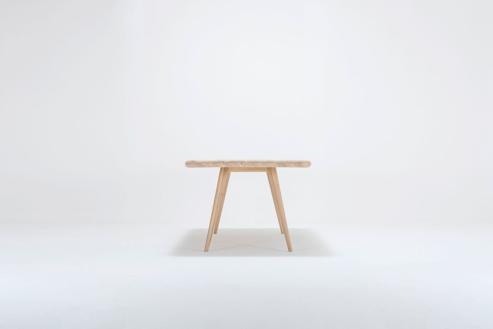Ena table ona